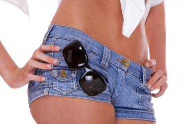 С чем модно носить джинсовые шорты (фото)