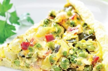 Рецепт дня: пирог с овощами и сыром
