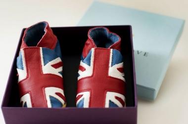Ребенку Кейт Миддлтон сшил ботики свекор принц Чарльз (фото)