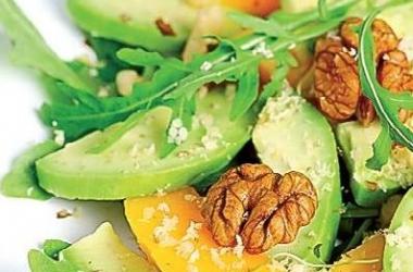 Салаты с зеленью: 3 лучших летних рецепта