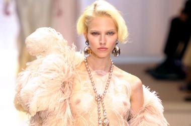 Высокая мода: припудренная чувственность 30-х от Армани