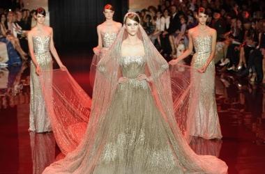 Высокая мода 2013: Elie Saab оденет королевскую семью в скромную роскошь (фото)