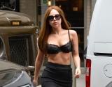 Леди Гага в обычной жизни: узнаешь звезду в супермаркете?