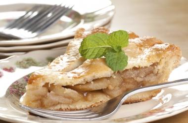 Рецепт дня: яблочный торт с миндалем