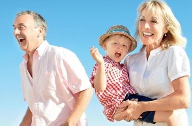 Чем опасен отказ от общения с родителями: мнение психолога
