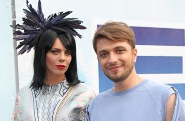 Новая волна 2013: Анастасия Стоцкая кардинально сменила имидж (фото)