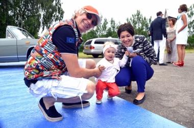 Новая волна 2013: Аркадий Укупник показала маленькую дочку (фото)