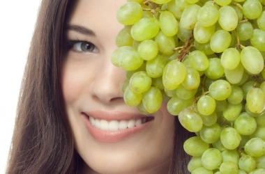Как восстановить волосы при помощи фруктов: 3 рецепта масок