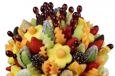 Индустрия подарков: букет из фруктов, разве такое бывает?