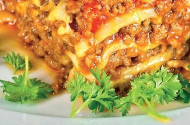 Лазанья мясная: рецепт ужина по-итальянски