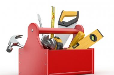 Отвертка, молоток, рулетка - какие инструменты должны быть дома всегда под рукой