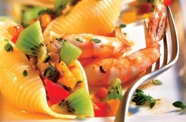 Конкильони с креветками: рецепт итальянской кухни