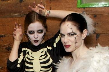 Макияж на Хэллоуин своими руками: 10 простых, но страшных идей
