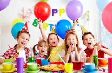 Как в разных странах мира празднуют дни рождения