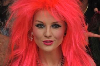 Голливудские знаменитости, которые шокировали розовыми волосами (фото)