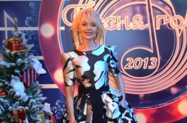 Модный провал: Валерия удивила ужасной прической (фото)