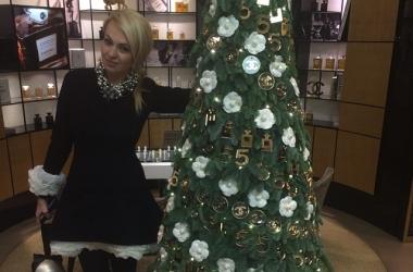 Какие новогодние елки у звезд: Асмус, Лорак и другие (фото)