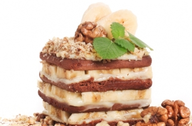 Торт из печенья без выпечки бананово-кофейный