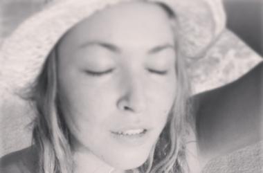 Ирина Дубцова очень удивила пляжными снимками (фото)