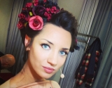 Татьяна Денисова кардинально изменилась к Новому году 2014: звезда перекрасилась и подстриглась