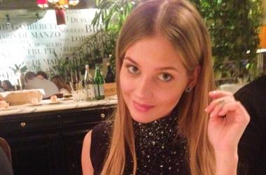 Кристина Асмус удивила растяжкой и жутким макияжем (фото)