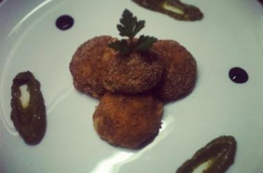 Хрустящие картофельно-сырные шарики: пошаговый рецепт с фото
