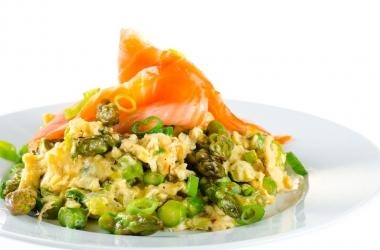 Лучший завтрак: запеченный омлет с лососем. Рецепт