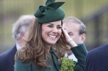 Скромница Кейт Миддлтон очаровала пол ирландской армии (фото)