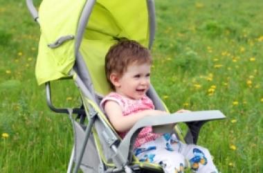 Price.ua составил рейтинг популярных детских колясок