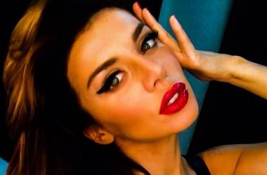 Седокова выставила откровенные фото в бикини на всеобщее обозрение (фото)