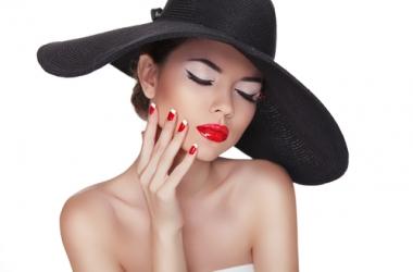 Всем ли нужна чистка лица: отвечает косметолог
