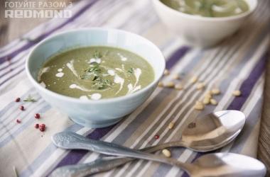Готовим вместе с Redmond <br />  Крем-суп со шпинатом. Рецепт для мультиварки
