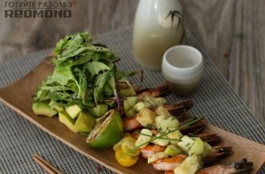 Готовим вместе с Redmond <br />  Теплый салат с креветками