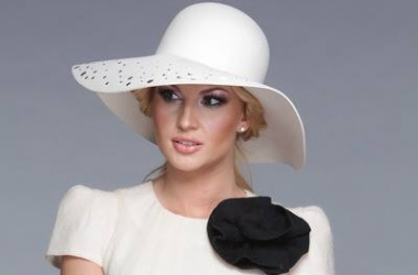 Камалия в эротичном наряде затмила украинских модниц (фото)