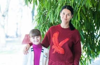 Маша Ефросинина показала свою повзрослевшую дочь крупным планом