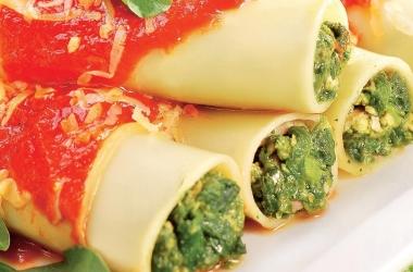 Каннеллони со шпинатом и рикоттой. Рецепт (фото)