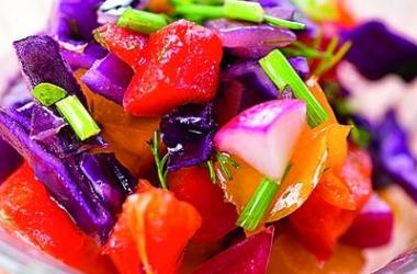 Овощные салаты: 5 полезных обязательных продуктов на каждый день