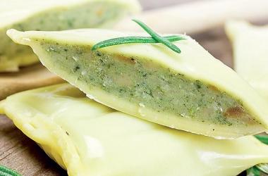 Равиоли со шпинатом: полезная альтернатива пельменям.  Рецепт (фото)