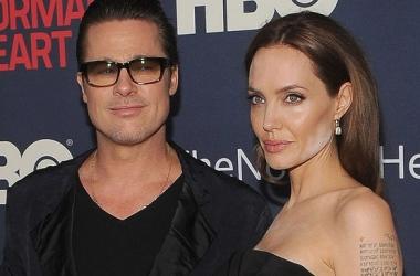 Жесткий модный провал: Анджелина Джоли перепудрила лицо (фото)