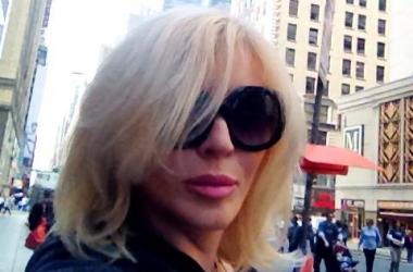 Ирина Билык в Америке покорила чернокожего охранника (фото)