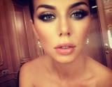 Анна Седокова в бикини без стыда продемонстрировала все прелести фигуры