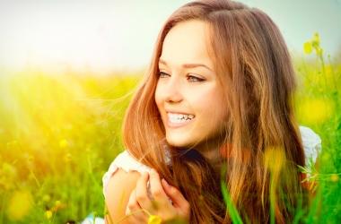 Как сохранить локоны здоровыми и сильными летом