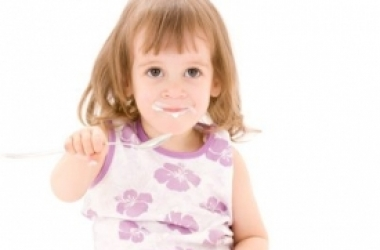 Что лучше выбрать для ребенка: кефир или йогурт?