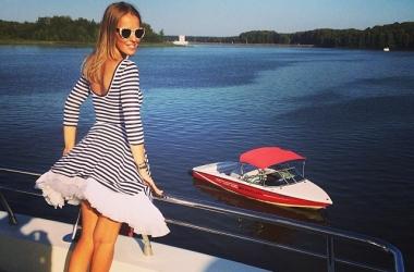 Стиль звезды: Ксения Собчак в эротичном морском платье (фото)