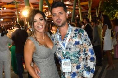 Стиль звезды: Ани Лорак в платье с сексапильным декольте (фото)