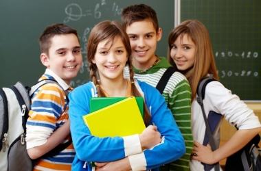 Собираем детей в школу вместе с ТРЦ «Караван»