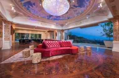 Самый дорогой дом в Америке: в сеть попали снимки роскошного особняка-дворца (фото)