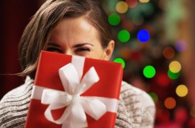 Что подарить мужчине на Старый Новый год: 100 оригинальных идей