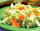 Блюда для новогоднего стола 2015: необычный салат из пекинской капусты с апельсином задобрит Козочку