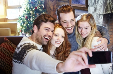 Самые прикольные и самые красивые смс поздравления с Новым годом 2015 для друзей